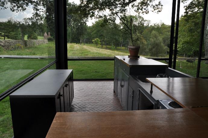 Mobili Outlet Design, occasioni e sconti su mobili e complementi.