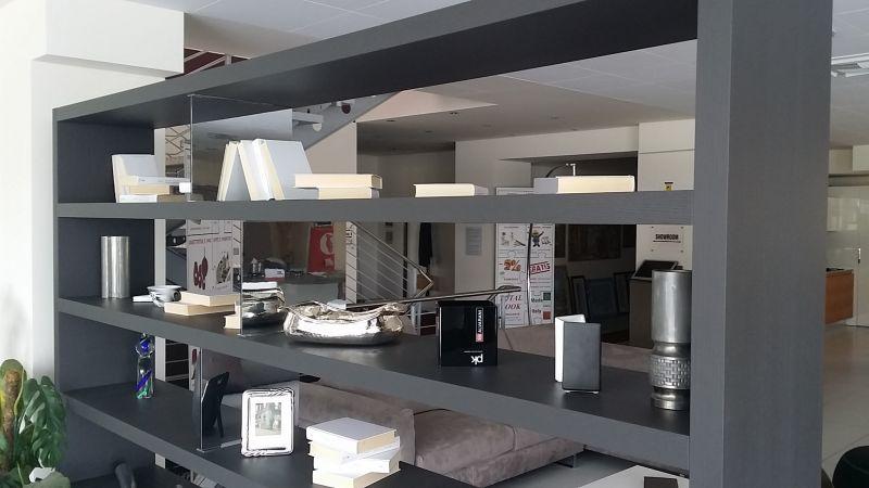 Libreria acropolis soggiorni for Euro arredamenti olbia