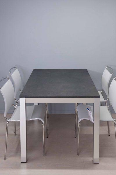 Tavolo solo mio tavoli e sedie for Euro arredamenti olbia